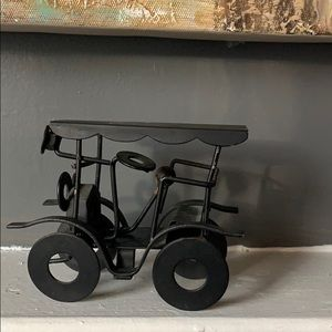 Metal  stagecoach car for decor